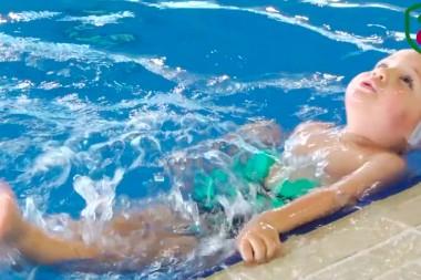 un-dia-en-la-piscina