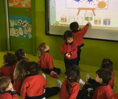 """""""Mira mi mundo"""", el proyecto educativo propio de Antavilla School para los alumnos de Infantil"""